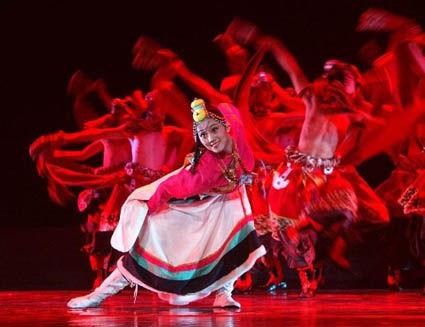 传统而多样的藏族民间舞蹈