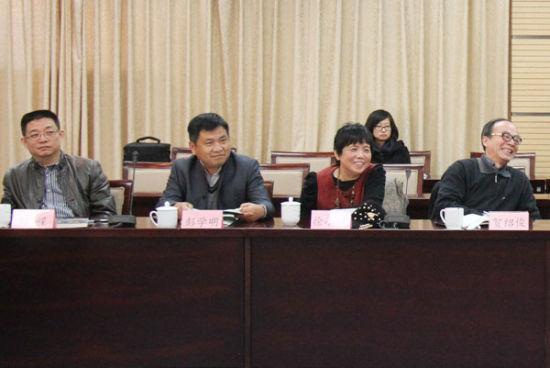左起:孙郁、白烨、吴秉杰、雷达