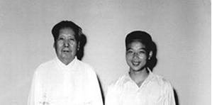 毛泽东400元工资月月光 过世时留下稿酬120多万