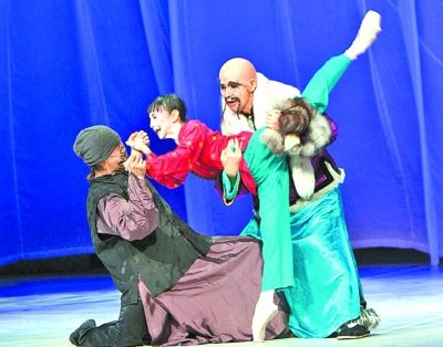 松山芭蕾舞团《白毛女》剧照